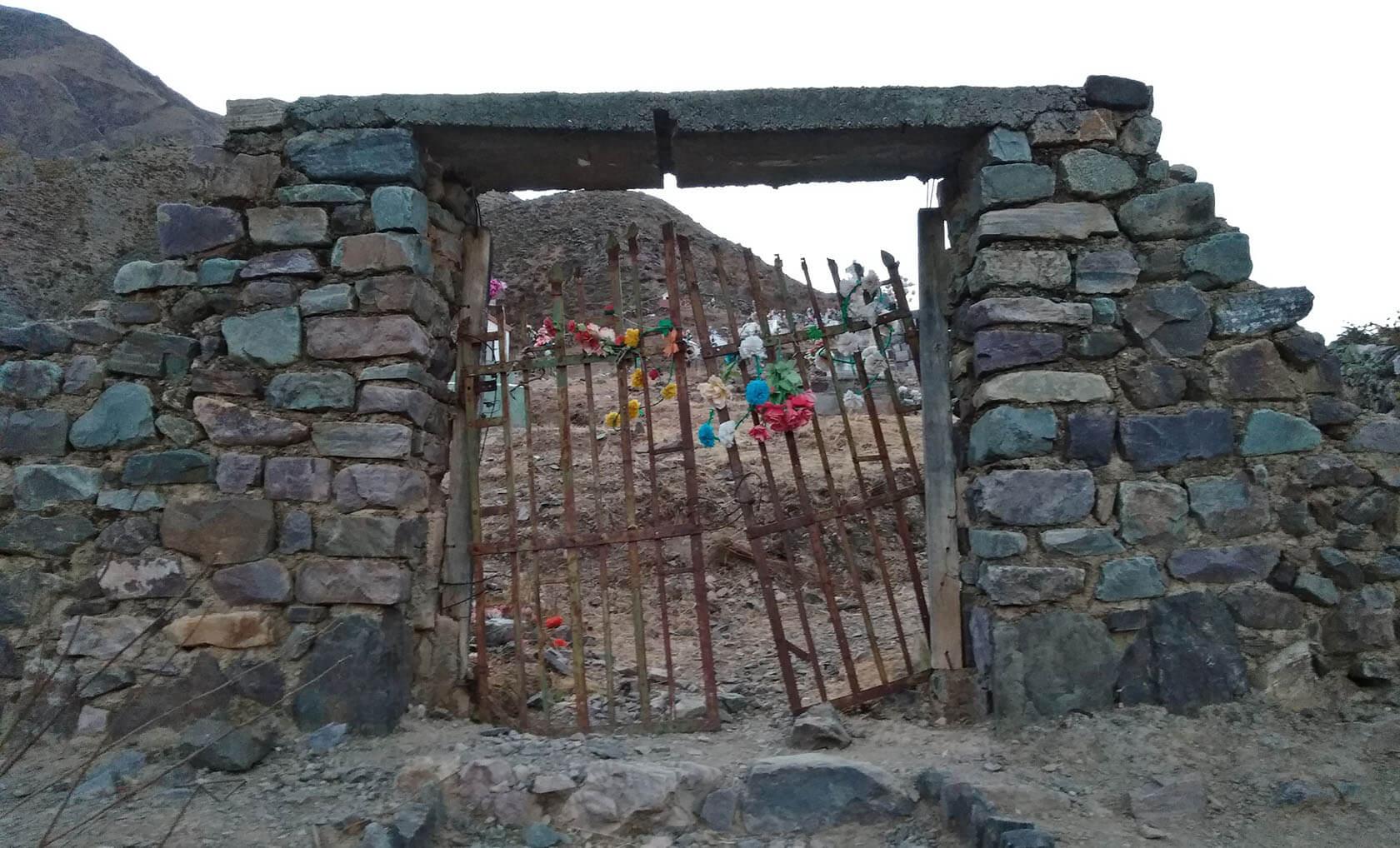 san-isidro-solanomundo-cementerio